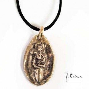 Colgante medalla Virgen Oro