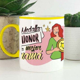 "Taza personalizada ""Medalla de honor mamá"""