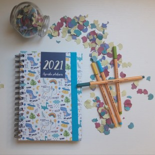 Agenda escolar anual solidaria 2019-2020 - Dinos